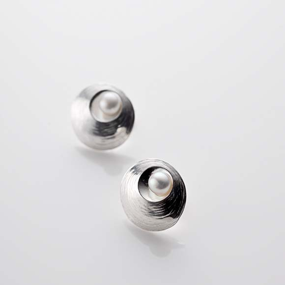 Oyster Pearl Stud Earrings