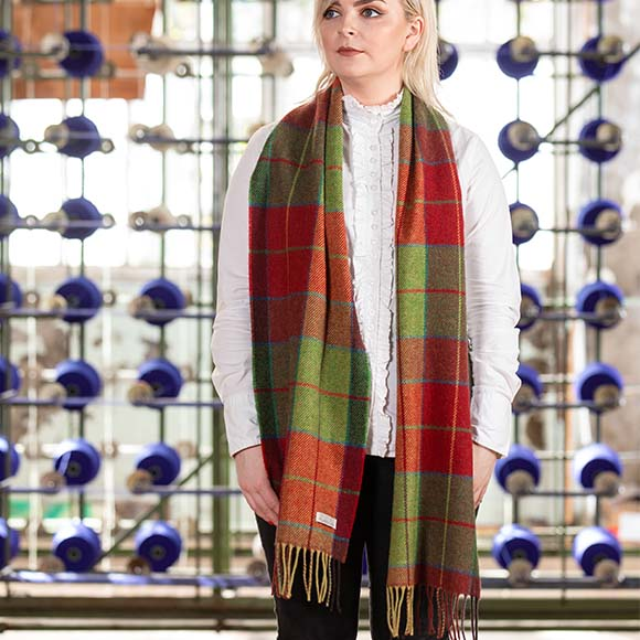 100% Lambswool Scarf, Green Red Check